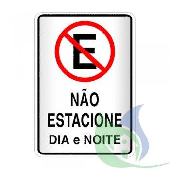 250AG - PLACA EM PVC 20X30CM NÃO ESTACIONE DIA E NOITE - SINALIZE